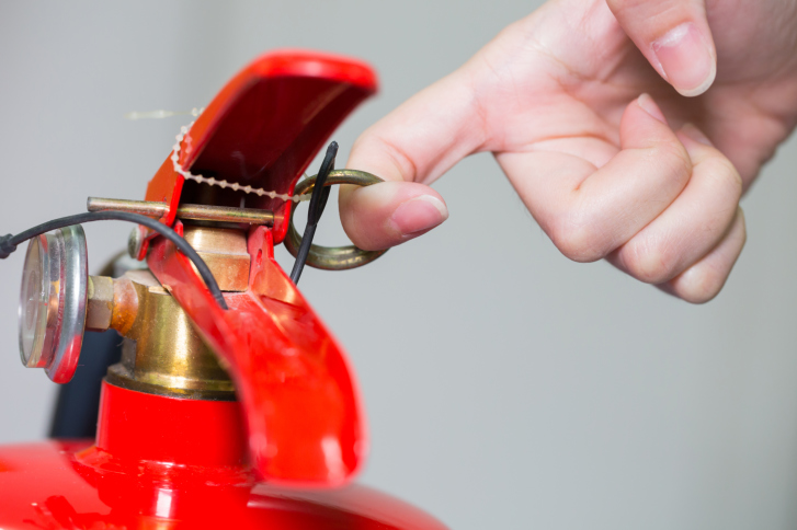 how to become a fire extinguisher technician