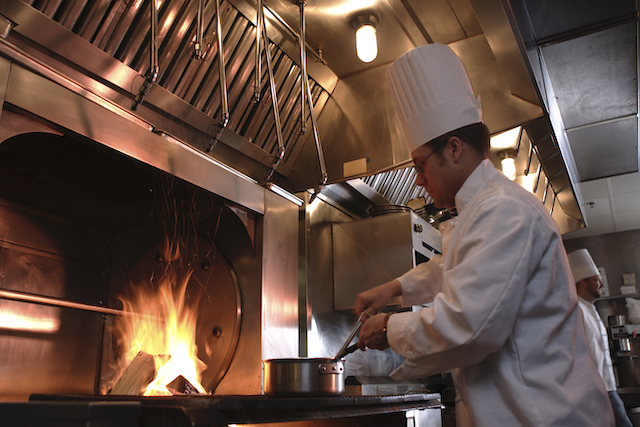 How Exactly Does a Kitchen Fire Suppression System Work?