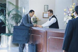 Seguridad contra incendios del hotel para el viajero